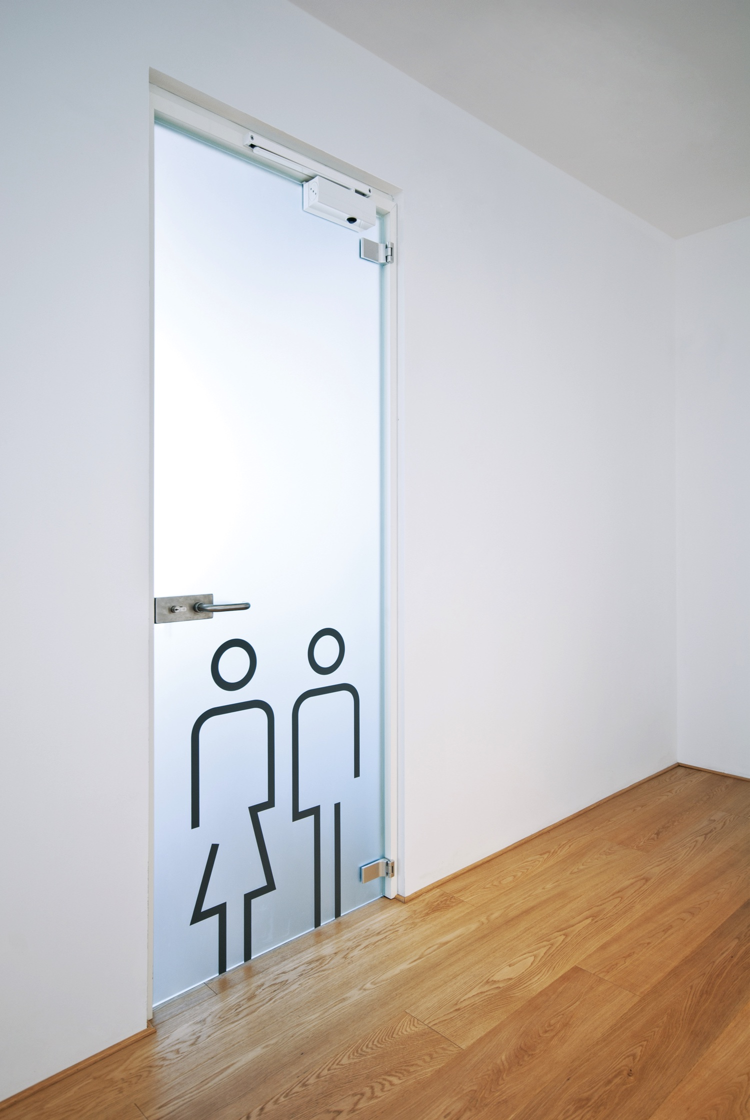 Glass divider partitions by Zi Creative are the hallmark of the Coldline project.  Designer ...