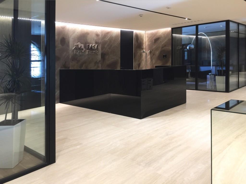 Pareti mobili prezzi free mobili soggiorno classici for Divisori in vetro per ufficio prezzi