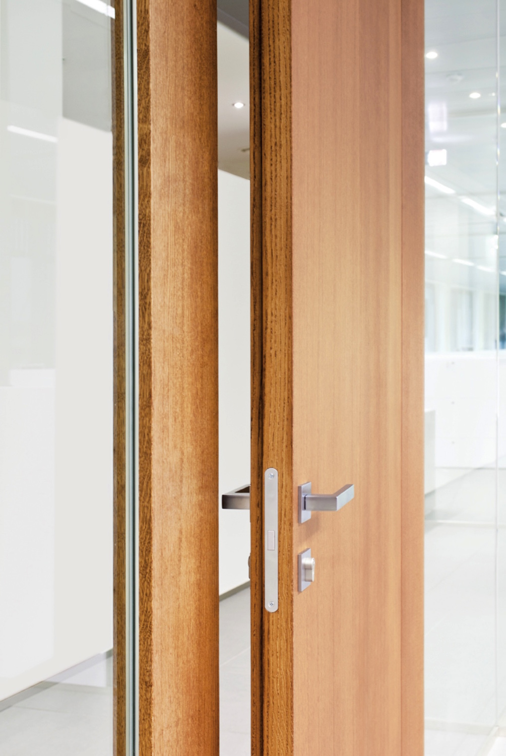 Olivari Designer Demountable Fitted Wall Partitions For