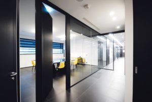 partition-wall-glass-office-partitions-sliding-doors-aluminium-interior-demountable-wooden-walls-internal-glazed-for-designer-UFFICI-DI-BERGAMO_7